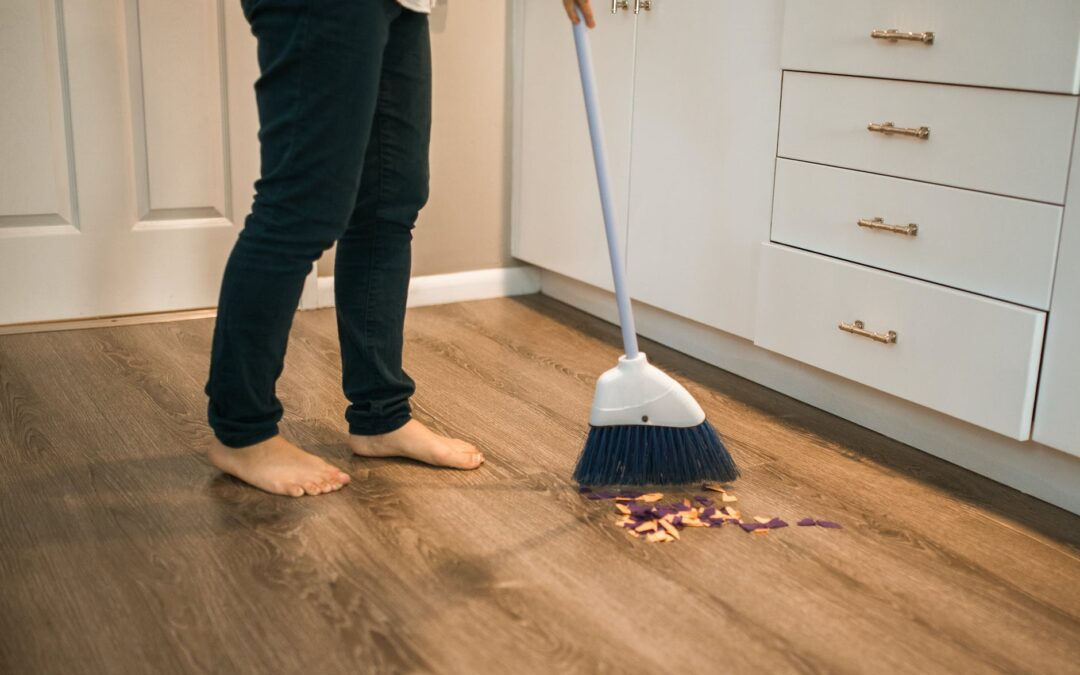 8 Benefits of Using a Commercial Cleaning Service